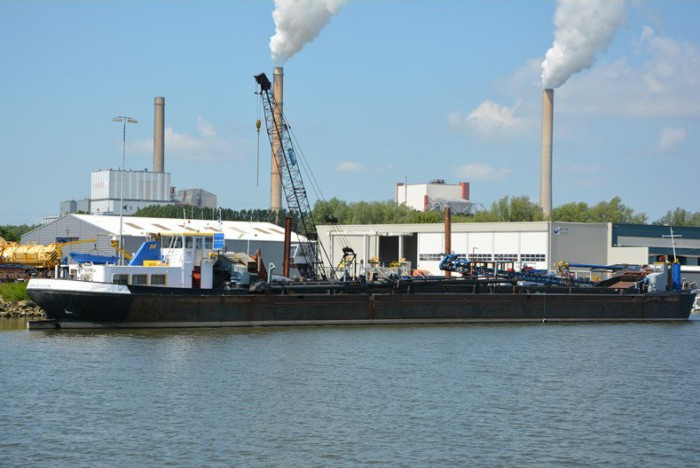 barge-hopper-dredger-tshd-altena_02